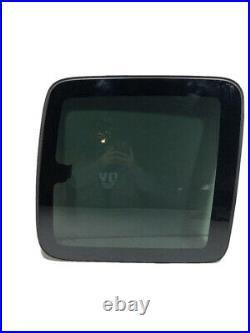 99-06 Chevy Silverado 2d Ext Cab Passenger Right Rear Quarter Glass Window C602